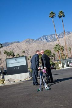 Equally Wed   Horizon Hotel Palm Springs  photography by Cakes and Kisses