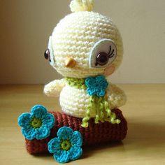 Amigurumi Crochet Parakeet Free Pattern - Amigurumi Free Patterns and Amigurumi Tutorials Crochet Birds, Cute Crochet, Crochet Animals, Crochet Crafts, Yarn Crafts, Crochet Baby, Crochet Projects, Knit Crochet, Crochet Amigurumi