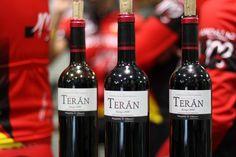 El vino Marqués de Terán Crianza, en la presentación del equipo ciclista Rioja Master Bicicletas Jose Mari