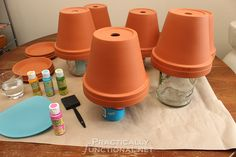 How to seal painted flower pots - turn the pots upside down to stand all . How to seal painted flower pots – turn the pots upside down to stand all …, Flower Pot Art, Clay Flower Pots, Flower Pot Crafts, Flower Planters, Clay Pot Projects, Clay Pot Crafts, Diy Crafts, Craft Projects, Cement Crafts