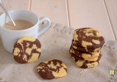 I biscotti marmorizzati senza uova sono deliziosi biscotti perfetti per la colazione, la merenda o un dolce break per grandi e piccini.