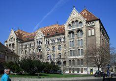 A Magyar Nemzeti Levéltár Bécsi kapu téren lévő épülete