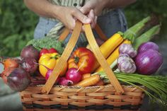 10 Myths About Organic Food Debunked http://feeds.lifehack.org/~r/LifeHack/~3/B6_WXBL2wWA/10-myths-about-organic-food-debunked