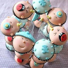 Cupcakes para cha de bebe. Shared by Where YoUth Rise