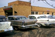 cars on the street 50s Vintage, Vintage Cars, Car Photos, Old Cars, Midcentury Modern, Mid Century, Street, Vehicles, Parking Lot