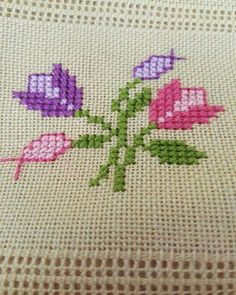 Outstanding 100 sewing projects projects are readily available on our internet . Mini Cross Stitch, Simple Cross Stitch, Cross Stitch Rose, Cross Stitch Borders, Cross Stitch Flowers, Cross Stitch Designs, Cross Stitching, Cross Stitch Embroidery, Hand Embroidery