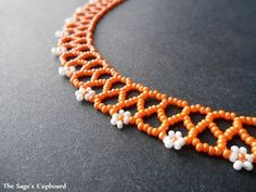 Chevron Chain Collar with Daisies