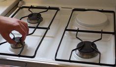 Une pâte géniale pour la plaque de cuisson - Astuces de grand mère