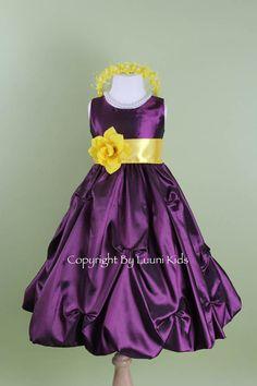 Flower Girl Dress violet prune Pick-up jupe robe par LuuniKids