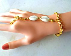 Cowrie Shell Hand Chain Bracelet, Beaded Chain Bracelet, Bohemian Jewelry, Ring Bracelet, Beaded Bracelet