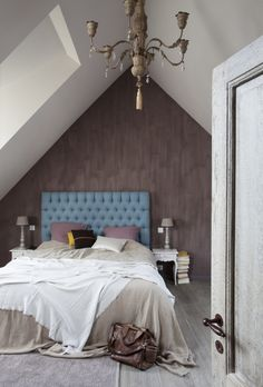 kalkverf WE gentle grey, muren WE white wedding uit We are colour, by BOSS paints Bedroom, Grey, House, Painting, Furniture, Color, Home Decor, Wedding, Ideas