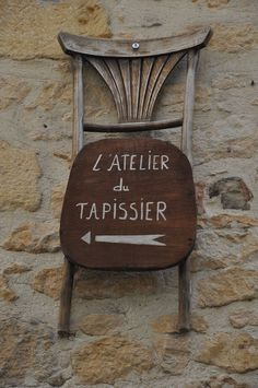 Atelier Sign in France.