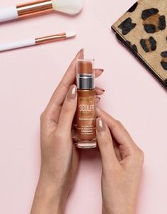 Discover blush and bronzer at ASOS. From highlighters, mineral makeup, primers and powder. Treat your skin at ASOS. Bourjois Makeup, Cheek Makeup, Blusher, Bronzer, Teen Fashion, Sculpting, Asos, Perfume Bottles