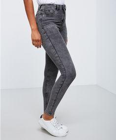 Molly highwaist jeans, 299 NOK