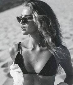 black bikini top for women, women's fashion, summer style, beach day outfit, … – Summer Fashion Bikini Noir, Haut Bikini, Photo Pour Instagram, Instagram Repost, Beach Day Outfits, Winter Outfits, Outfit Beach, Casual Outfits, Summer Outfits