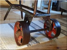 Loft bútor Industrial Loft, Industrial Design, Loft Design, Loft Style, Wheelbarrow, Garden Tools, Sweet Home, Projects To Try, Home Decoration