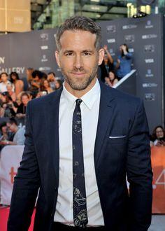 Pin for Later: Hättet ihr gedacht, dass all' diese Stars in diesem Jahr 40 werden? Ryan Reynolds Geburtstag: 23. Oktober 1976