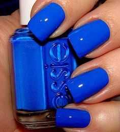 blue coral nails
