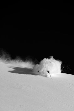Powder! #Skiing -- Find articles on adventure travel, outdoor pursuits, and extreme sports at http://adventurebods.com. Get a cool organic sparkling lemonade with a touch of mint to refresh. www.limonitz.com for more information and locations!