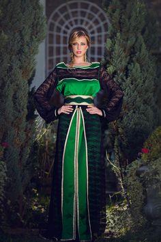 Tekchita satin vert jupe  Collection Princesse d'un soir