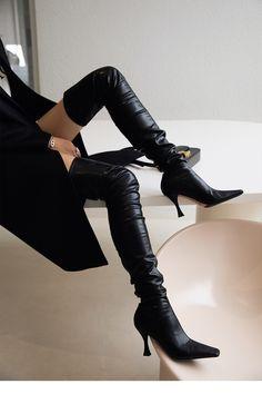Thigh High Boots, Knee Boots, Thigh Highs, Thighs, Heels, Fashion, Heel, Moda, Tall Boots