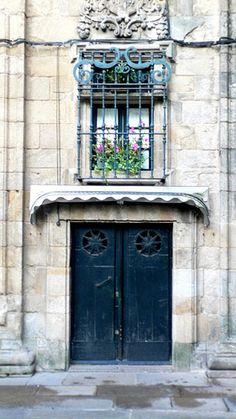 Doors and Window, Santiago de Compostela - Spain