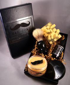 Lemongrass and Ginger Mens Grooming Kit, Shaving Set, Twa Burds Soaps, Scottish Soap, Vegan Friendly by TwaBurdsSoaps on Etsy https://www.etsy.com/uk/listing/199995300/lemongrass-and-ginger-mens-grooming-kit