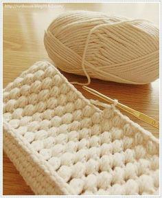 ■かぎ針編みで作る ボタン留め・玉編みポーチ | 家づくり手帖