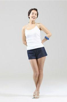 Han Ji-Min 한지민 (21P) Han Ji Min, Korean Beauty, Jimin, Basic Tank Top, Actresses, Tank Tops, Wallpaper, Amazing, Girls