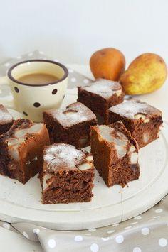Kakaós körtés kevert Winter Food, Cheddar, Sweet Tooth, Muffin, Cooking, Kitchen, Cheddar Cheese, Muffins, Cupcakes