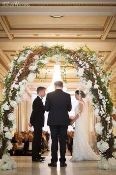 Floral Arch Wedding Ceremony | DOWNTON ABBEY INSPIRED WEDDING | Elegant Wedding