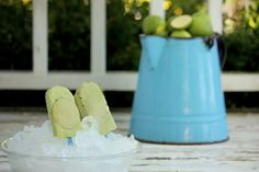 Key Lime Pie Popsicles (GAPS, Paleo and Primal) - MommypotamusMommypotamus |