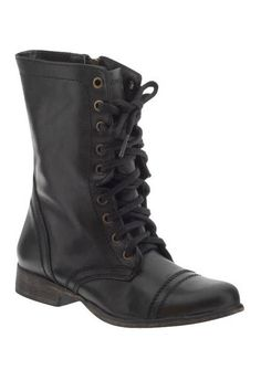 The temperature is getting cooler so we are already pulling out some of our cool boots! The best fall boots at every height: Fall Boots 2013