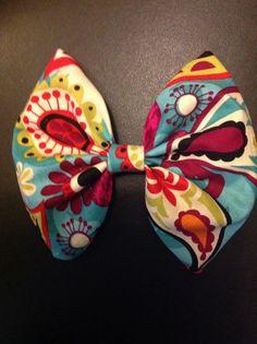 Pretty bow $4.00