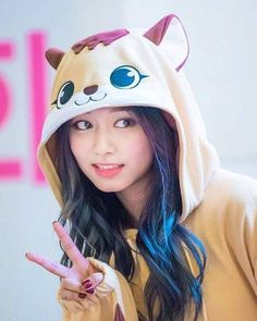 The (ONLY) Chinese Female in Twice or any K-Pop group : Tzuyu. Nayeon, Kpop Girl Groups, Korean Girl Groups, Kpop Girls, Twice Tzuyu, Twice Dahyun, Asian Woman, Asian Girl, Tzuyu Wallpaper