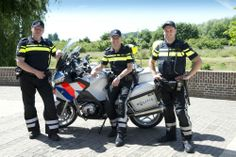 New police uniforms in Holland...staying with the change of time...rather handsome uniforms I'd say...