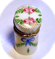Limoges France French Rare Mini Rose Cylinder Trinket Box Pill Peint Main Limoge