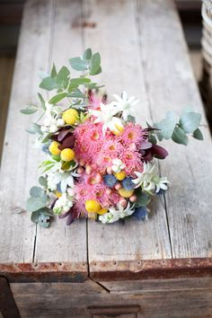 Bouquet of native flowers Australian Native Garden, Australian Native Flowers, Fresh Flowers, Beautiful Flowers, Pink Flowers, Floral Wedding, Wedding Bouquets, Protea Wedding, Bridesmaid Flowers
