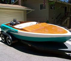 Canoe flat bottom