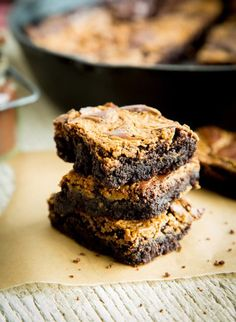 Recipe: Speculoos-Swirl Skillet Brownie — Dessert Recipes from The Kitchn | The Kitchn