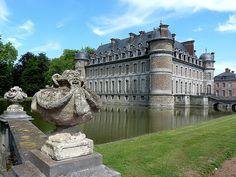 Château de Belœil ~Hainaut, Belgium