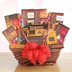 Oh Sweet Godiva! Romantic Chocolate Gift Basket Send loving wishes in a grand way with a romantic basket filled with Godiva chocolate! Indulge their sweet tooth Valentine Gift Baskets, Valentine's Day Gift Baskets, Holiday Baskets, Gourmet Gift Baskets, Gourmet Gifts, Chocolate Christmas Gifts, Chocolate Gifts, Chocolate Truffles, Chocolate Basket