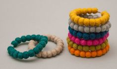 Simple is beaty! Armband - felted balls turn into bracelets - Rebecca Dahlin