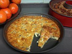 מתכון קל לפשטידת פטריות עם גבינות. פשטידה חלבית ב-5 דקות ובקערה אחת בלבד! מתאימה לאירוח או לארוחת ערב קלילה. פשוט מערבבים ולתנור, הפשטידה מוכנה במהירות!