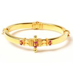 gold & ruby bangle <3 <3