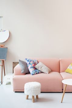 Home design ideas / Home inspirations |  Mix Rose Quartz and Serenity Blue with other pastel colors, such as yellow and green.