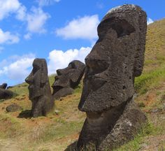 """New evidence challenges previous theories of Easter Island collapse """"The new picture that emerges from these results is really one of sustainability and continuity rather than collapse, which sheds new light on what we can really learn from Rapa Nui,"""" said Mulrooney. """"Based on these new findings, perhaps Rapa Nui should be the poster-child of how human ingenuity can result in success, rather than failure."""""""