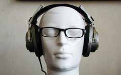 Six of the best noise-cancelling headphones to silence the commute - http://newsrule.com/six-best-noise-cancelling-headphones-silence-commute/