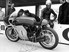 Jim Redman & Honda RC181500GP