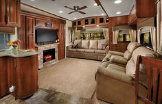 2015 Forest River Wildcat Maxx 317RL Living Room